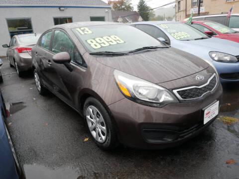 2013 Kia Rio for sale at M & R Auto Sales INC. in North Plainfield NJ