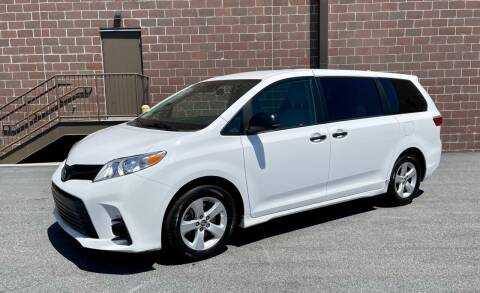 2019 Toyota Sienna for sale at AUTOSPORT MOTORS in Lake Park FL