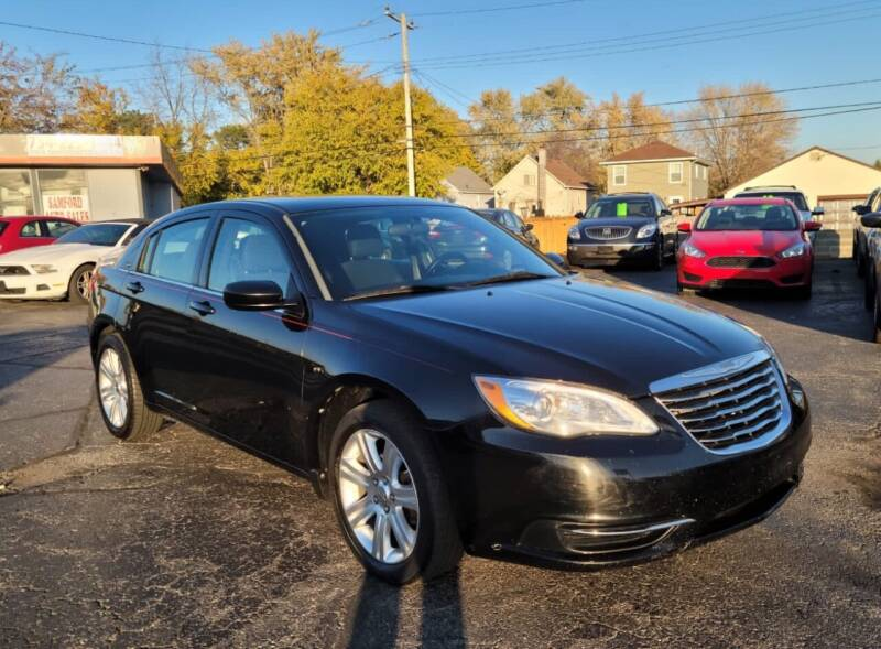 2013 Chrysler 200 for sale at Samford Auto Sales in Riverview MI