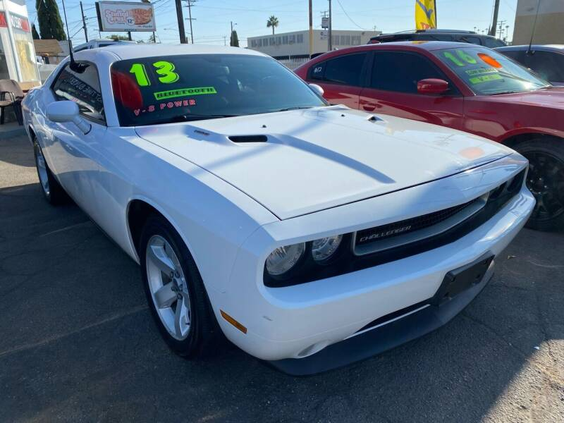2013 Dodge Challenger for sale at CAR GENERATION CENTER, INC. in Los Angeles CA
