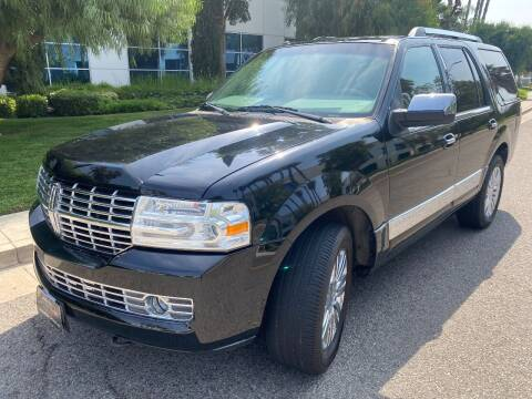 2007 Lincoln Navigator for sale at Donada  Group Inc in Arleta CA