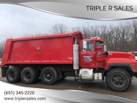 1996 Mack RD 690S for sale at Triple R Sales in Lake City MN