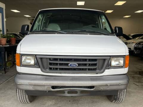 2006 Ford E-Series Cargo for sale at Ricky Auto Sales in Houston TX