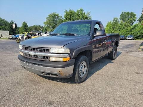 2000 Chevrolet Silverado 1500 for sale at Cruisin' Auto Sales in Madison IN