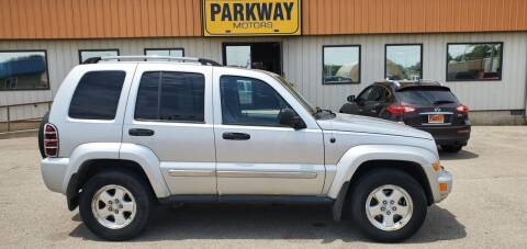 2006 Jeep Liberty for sale at Parkway Motors in Springfield IL