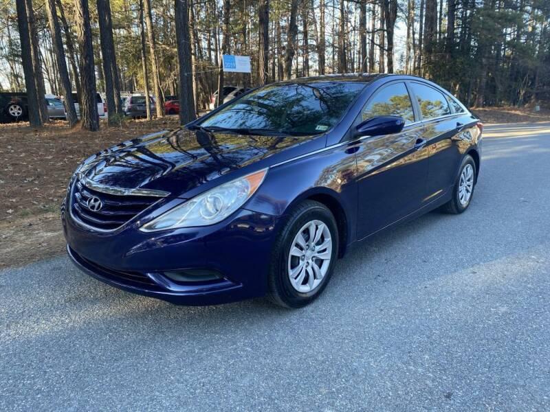 2012 Hyundai Sonata for sale at H&C Auto in Oilville VA