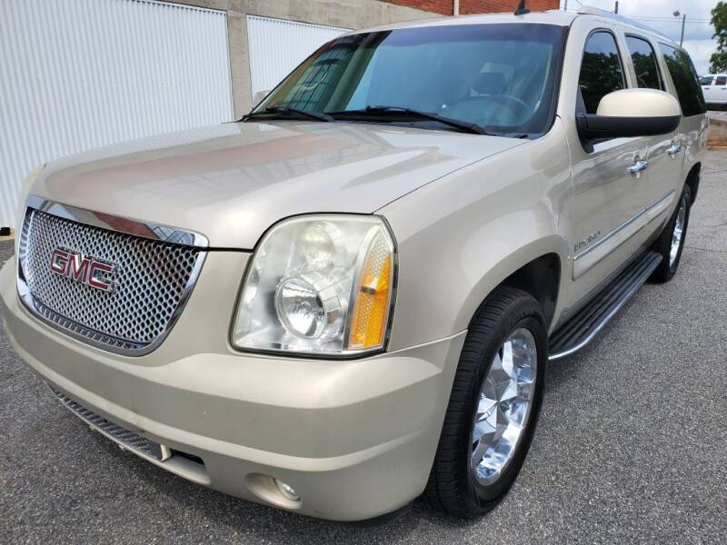 2007 GMC Yukon XL for sale at Atlanta's Best Auto Brokers in Marietta GA