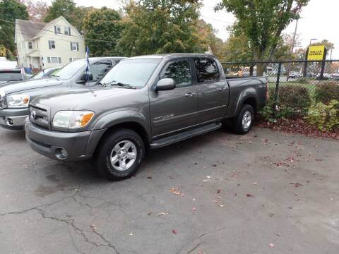 2005 Toyota Tundra for sale at CAR CORNER RETAIL SALES in Manchester CT
