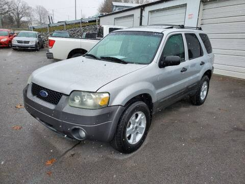 2005 Ford Escape for sale at DISCOUNT AUTO SALES in Johnson City TN