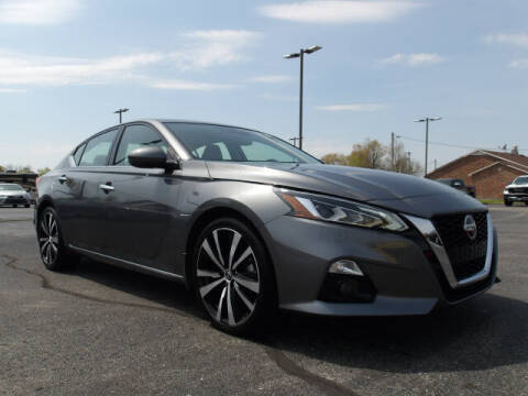 2020 Nissan Altima for sale at TAPP MOTORS INC in Owensboro KY