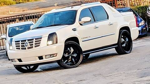 2007 Cadillac Escalade EXT for sale at GTR MOTORS in Hollywood FL