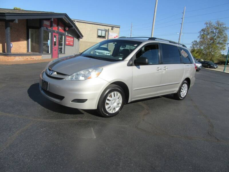 2006 Toyota Sienna for sale at Riverside Motor Company in Fenton MO