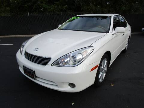2006 Lexus ES 330 for sale at LULAY'S CAR CONNECTION in Salem OR