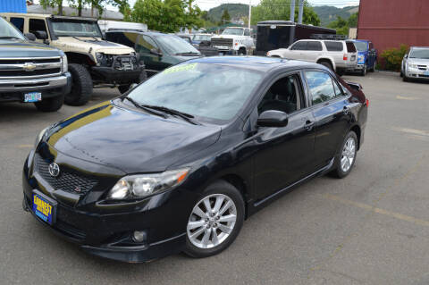 2009 Toyota Corolla for sale at Earnest Auto Sales in Roseburg OR