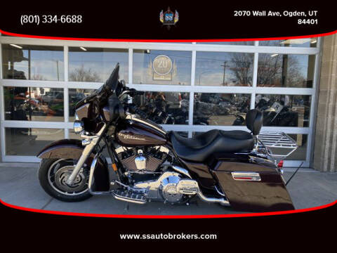 2006 Harley-Davidson FLHXI Street Glide for sale at S S Auto Brokers in Ogden UT