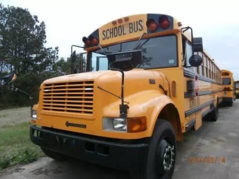 2000 International Thomas for sale at Interstate Bus Sales Inc. in Wallisville TX