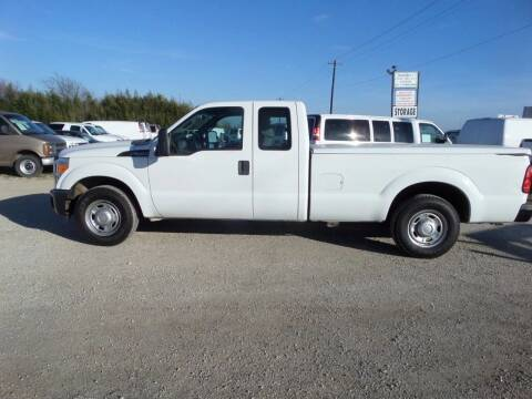 2011 Ford F-350 Super Duty for sale at AUTO FLEET REMARKETING, INC. in Van Alstyne TX