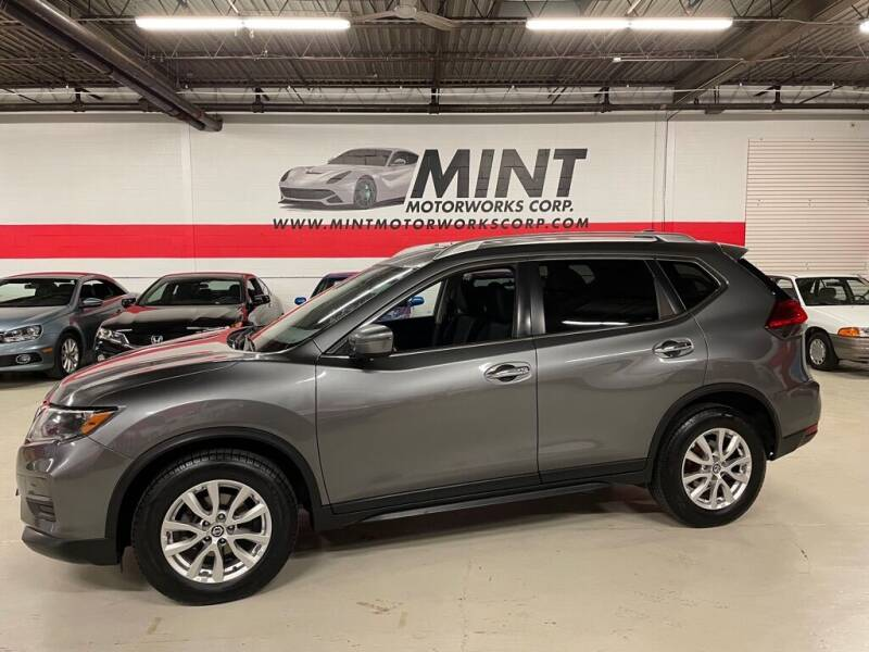 2017 Nissan Rogue for sale at MINT MOTORWORKS in Addison IL