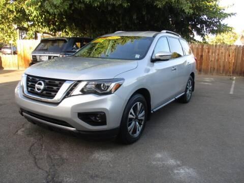 2017 Nissan Pathfinder for sale at Grace Motors in Manteca CA