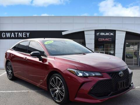 2019 Toyota Avalon for sale at DeAndre Sells Cars in North Little Rock AR