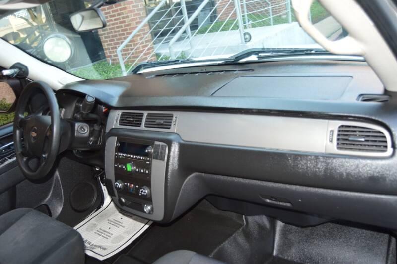 2010 Chevrolet Tahoe 4x2 LS 4dr SUV - Dallas TX