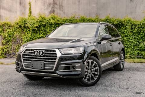 2018 Audi Q7 for sale at Private Club Motors in Houston TX