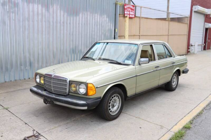 1984 Mercedes-Benz 300-Class for sale at Gullwing Motor Cars Inc in Astoria NY