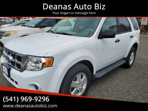 2012 Ford Escape for sale at Deanas Auto Biz in Pendleton OR