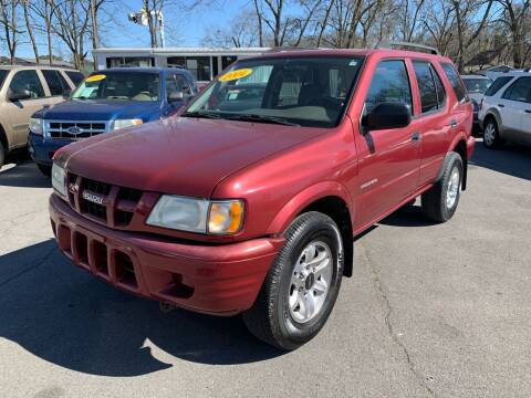 2004 Isuzu Rodeo for sale at Diana Rico LLC in Dalton GA