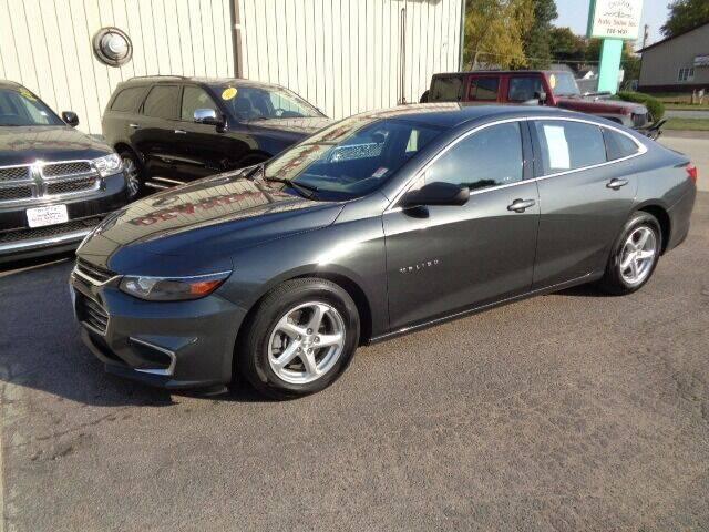 2017 Chevrolet Malibu for sale at De Anda Auto Sales in Storm Lake IA