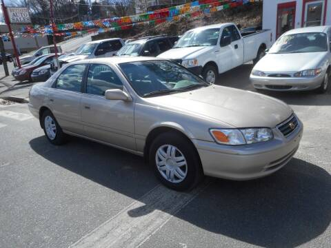 2000 Toyota Camry for sale at Ricciardi Auto Sales in Waterbury CT