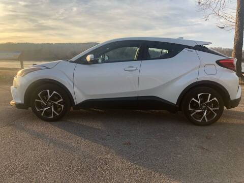 2018 Toyota C-HR for sale at Monroe Auto's, LLC in Parsons TN