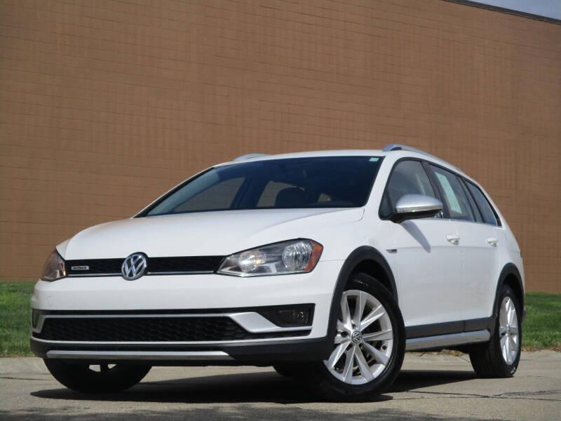 2017 Volkswagen Golf Alltrack for sale at Autohaus in Royal Oak MI