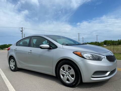 2015 Kia Forte for sale at ILUVCHEAPCARS.COM in Tulsa OK