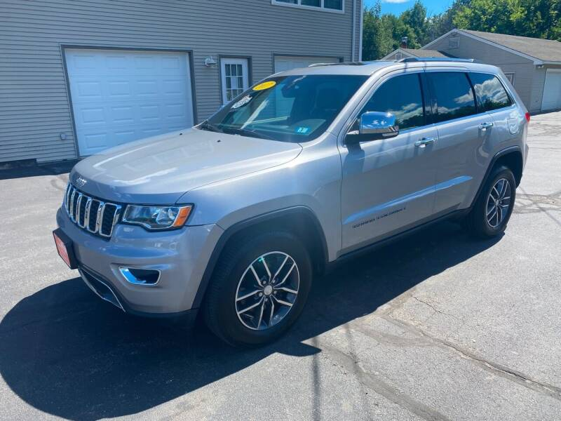 2017 Jeep Grand Cherokee for sale at Glen's Auto Sales in Fremont NH