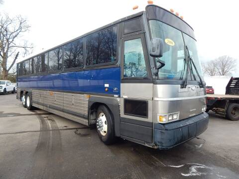 2006 Motor Coach Industries D4000