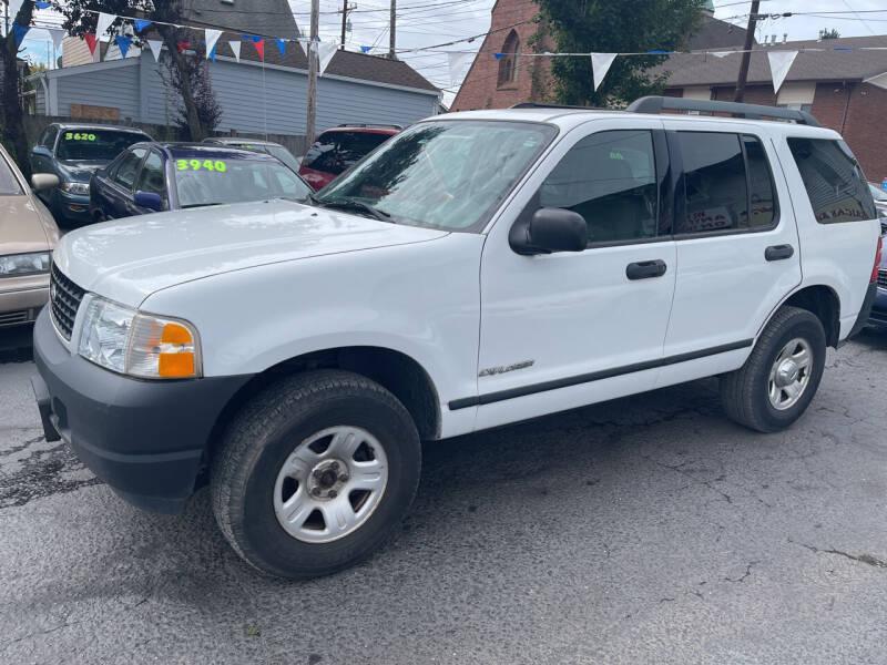 2005 Ford Explorer for sale at American Dream Motors in Everett WA