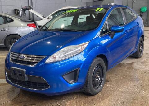 2011 Ford Fiesta for sale at Square Business Automotive in Milwaukee WI