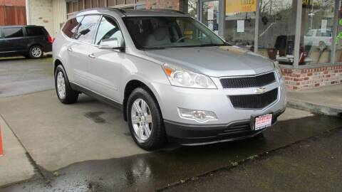 2011 Chevrolet Traverse for sale at D & M Auto Sales in Corvallis OR