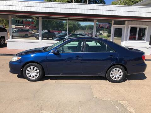 2005 Toyota Camry for sale at Midtown Motors in North Platte NE