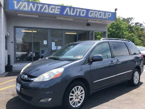 2009 Toyota Sienna for sale at Vantage Auto Group in Brick NJ
