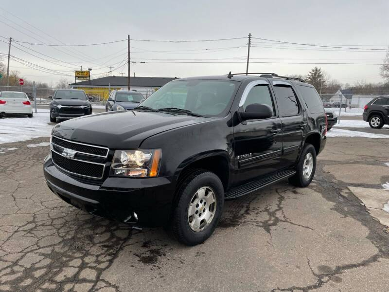 2009 Chevrolet Tahoe for sale at Dean's Auto Sales in Flint MI