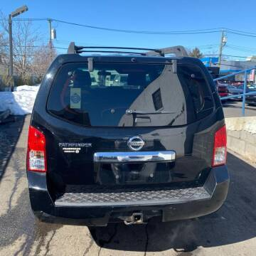2008 Nissan Pathfinder for sale at GLOBAL MOTOR GROUP in Newark NJ