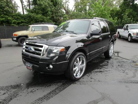 2012 Ford Expedition for sale at LULAY'S CAR CONNECTION in Salem OR