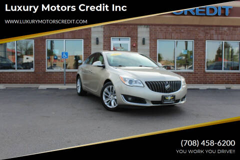 2014 Buick Regal for sale at Luxury Motors Credit Inc in Bridgeview IL