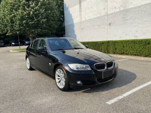2011 BMW 3 Series for sale at Select Auto in Smithtown NY