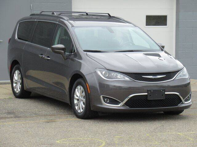 2019 Chrysler Pacifica for sale at K&M Wayland Chrysler  Dodge Jeep Ram in Wayland MI