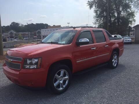 2011 Chevrolet Avalanche for sale at Wholesale Auto Inc in Athens TN