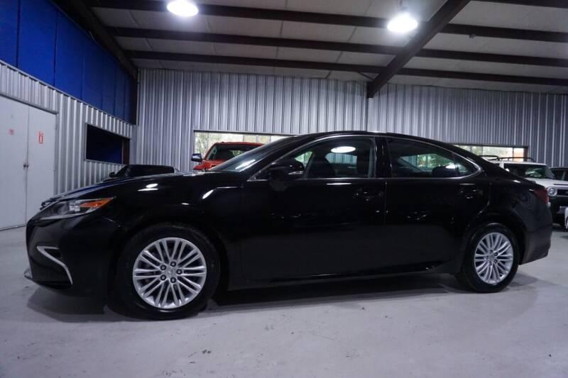 2016 Lexus ES 350 for sale at SOUTHWEST AUTO CENTER INC in Houston TX