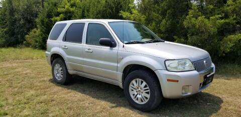 2005 Mercury Mariner for sale at CAVENDER MOTORS in Van Alstyne TX